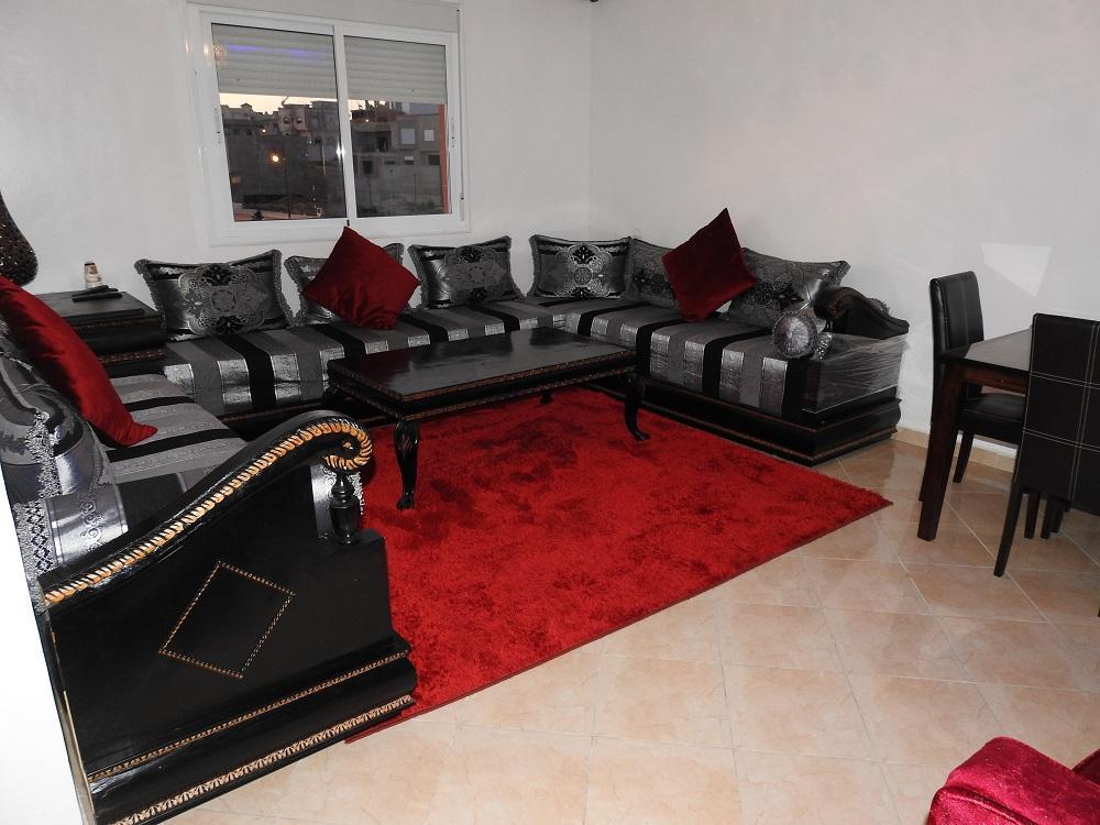 شقة مفروشة جديدة للايجار اليومي غرفتين قريبة محطة طنجة المدينة